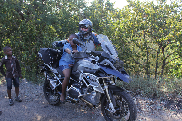 Ryder Motorrad Battlefields Motorbike tour at Gqokli Hill