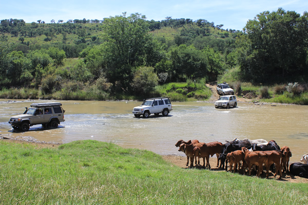 Land Cruiser crossing Tugela at Skietdrift